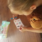Bingo spelen is zeer effectief. Zo leren de kinderen al snel nieuwe woorden.